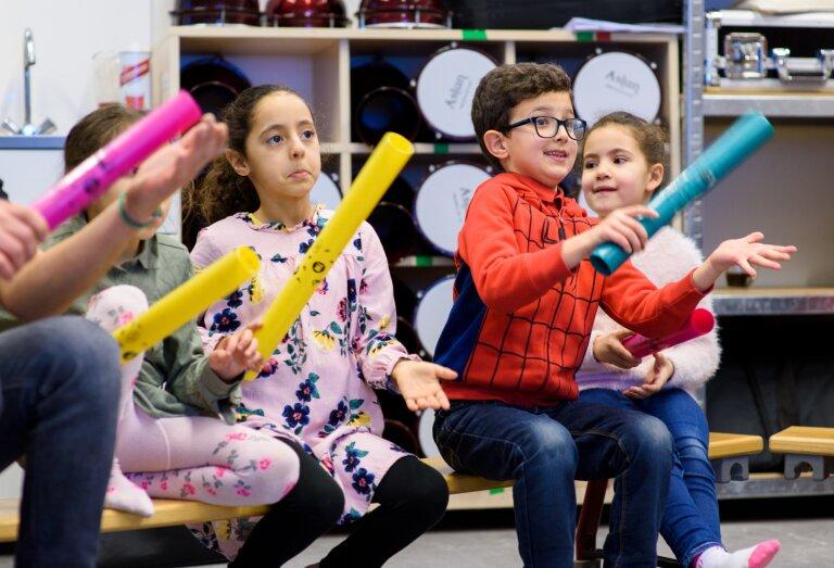Kinderen maken muziek - Méér Muziek in de Klas